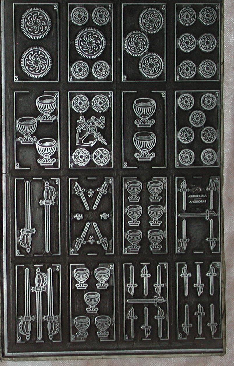 Matriz metálica para 16 cartas