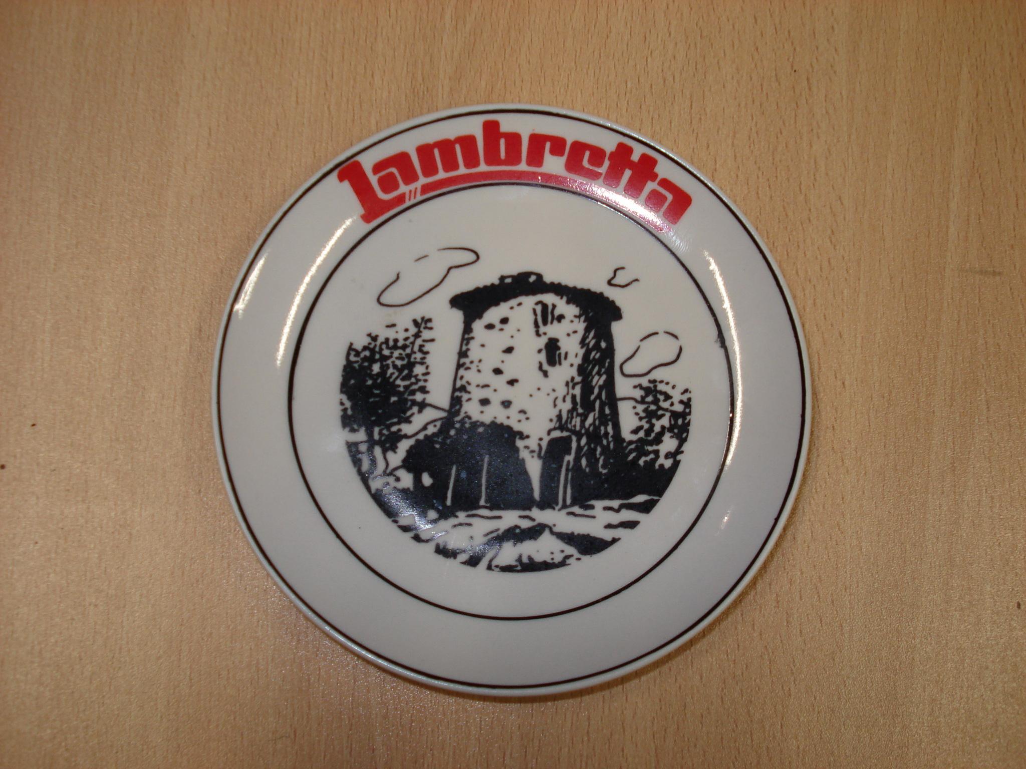 Cenicero publicitario LAMBRETTA