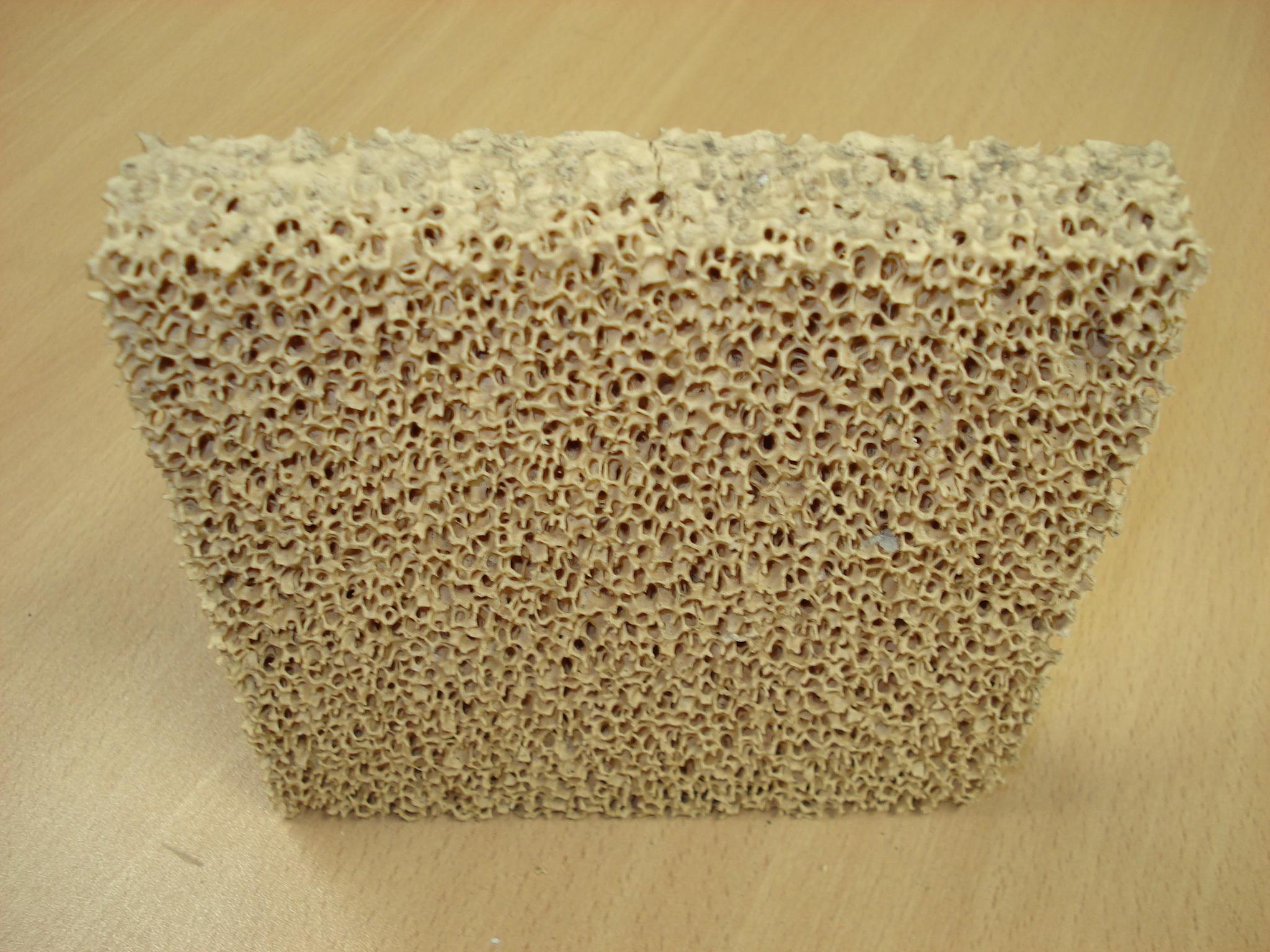Filtro de espuma cerámica para fundición