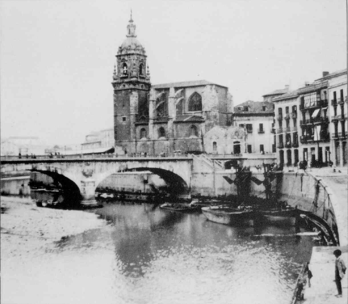 San Antón desde el muelle de Iberni