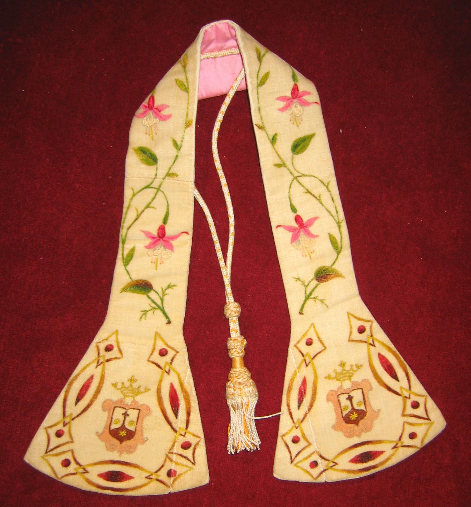 Manípulo de las MM Carmelitas Descalzas de Murguía