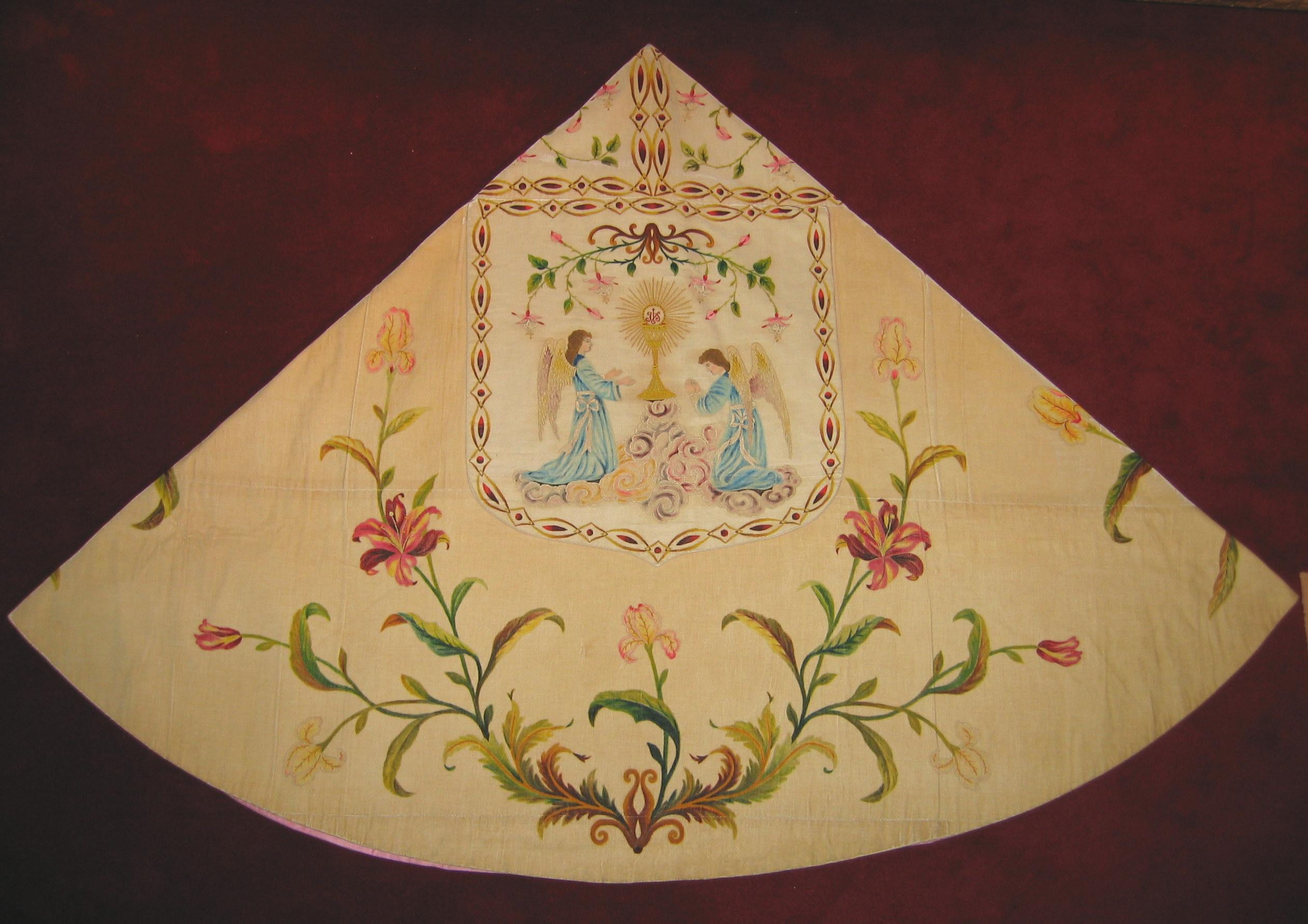 Capa pluvial de las MM Carmelitas Descalzas de Murguía