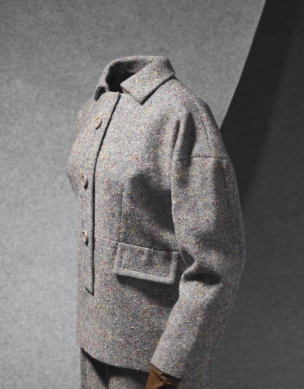 Traje y capa en cheviot de lana gris