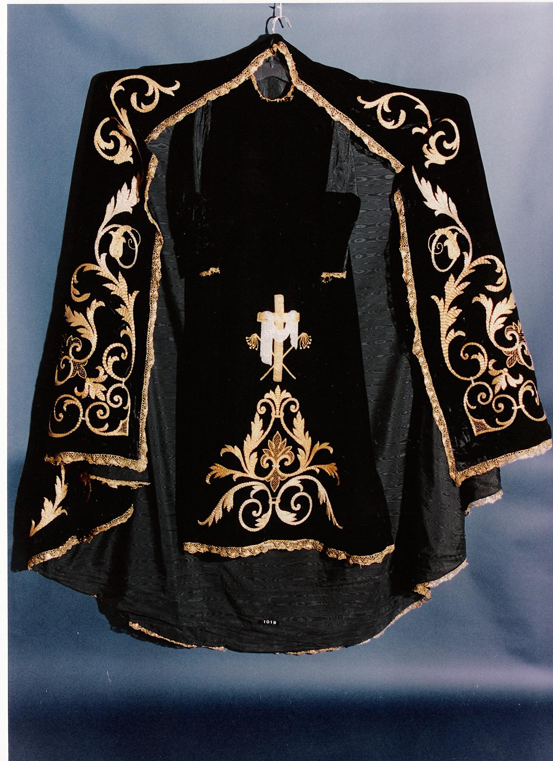 Vestido de la Dolorosa