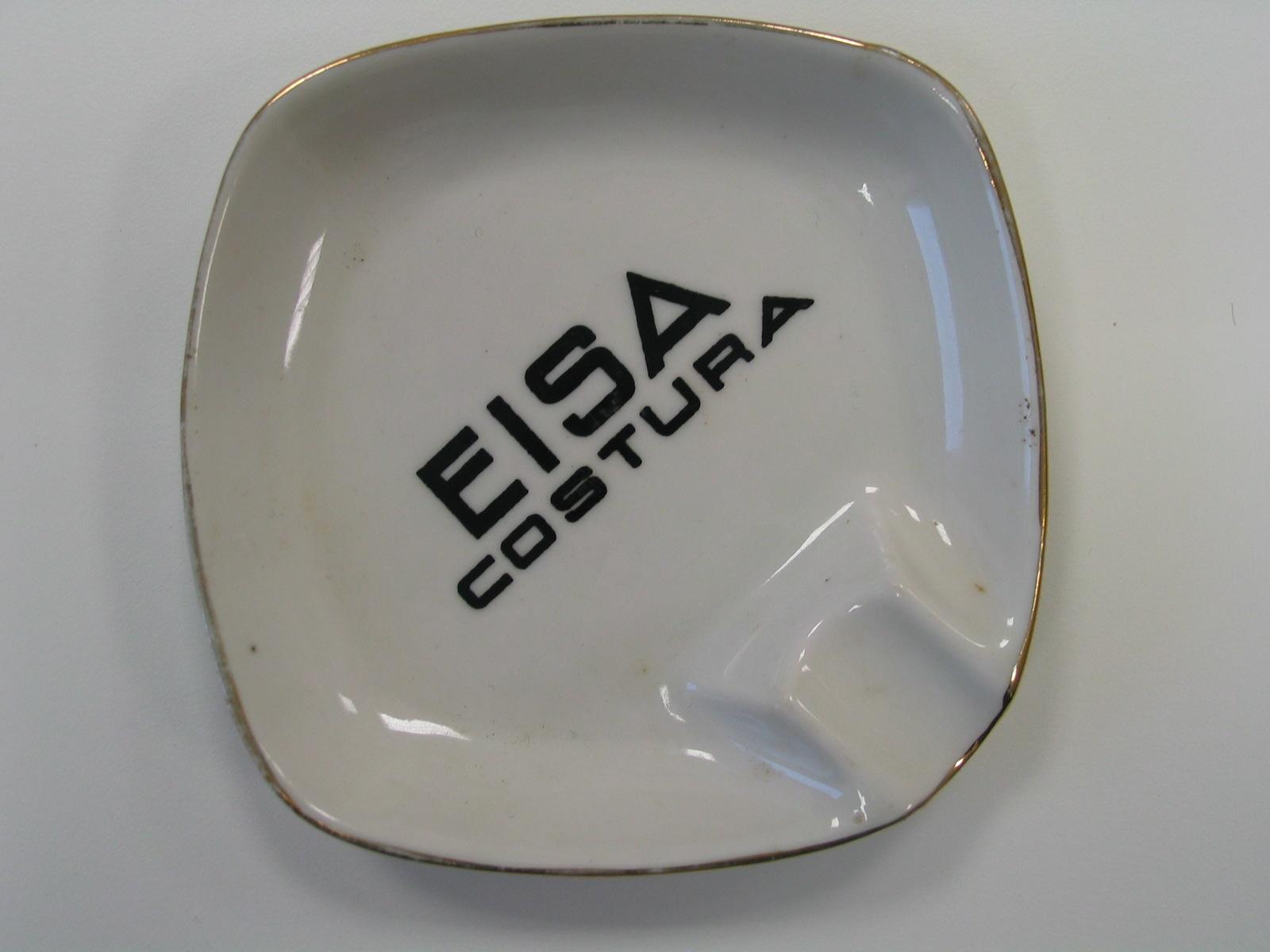 Cenicero EISA COSTURA de porcelana blanca con letras negras