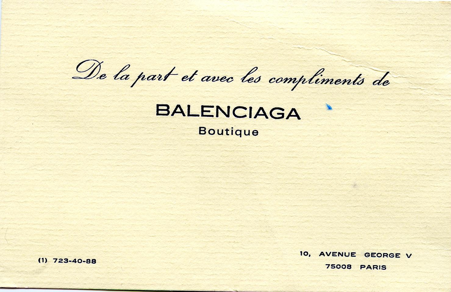 Tarjeta de BALENCIAGA Boutique Paris