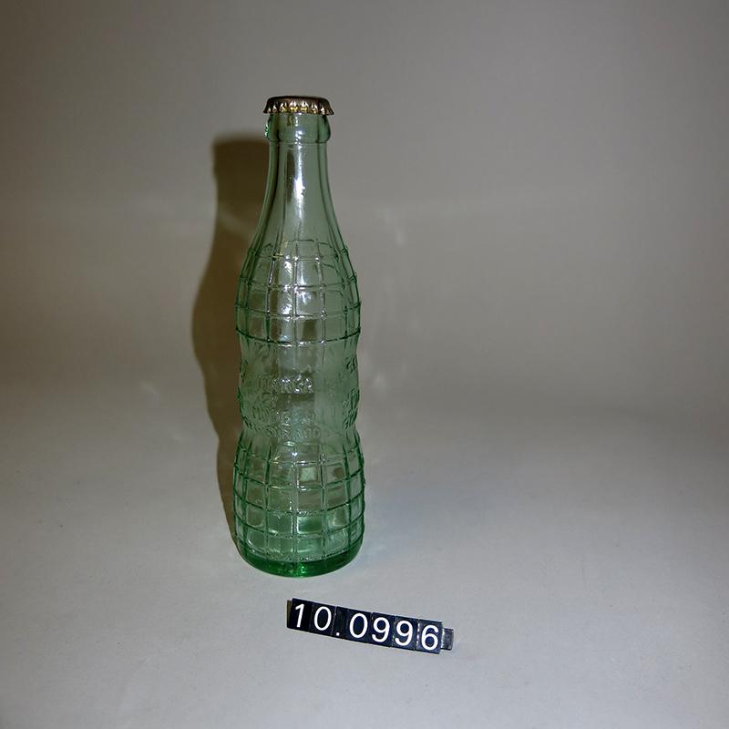 """Botella de gaseosa """"Iturri Gorri"""""""