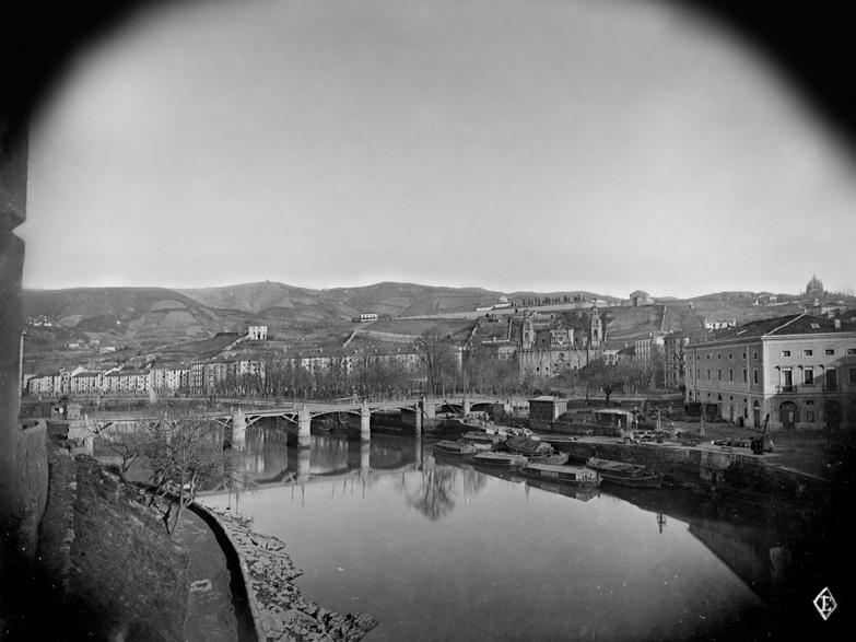 Puente del Arenal desde el muelle de La Naja
