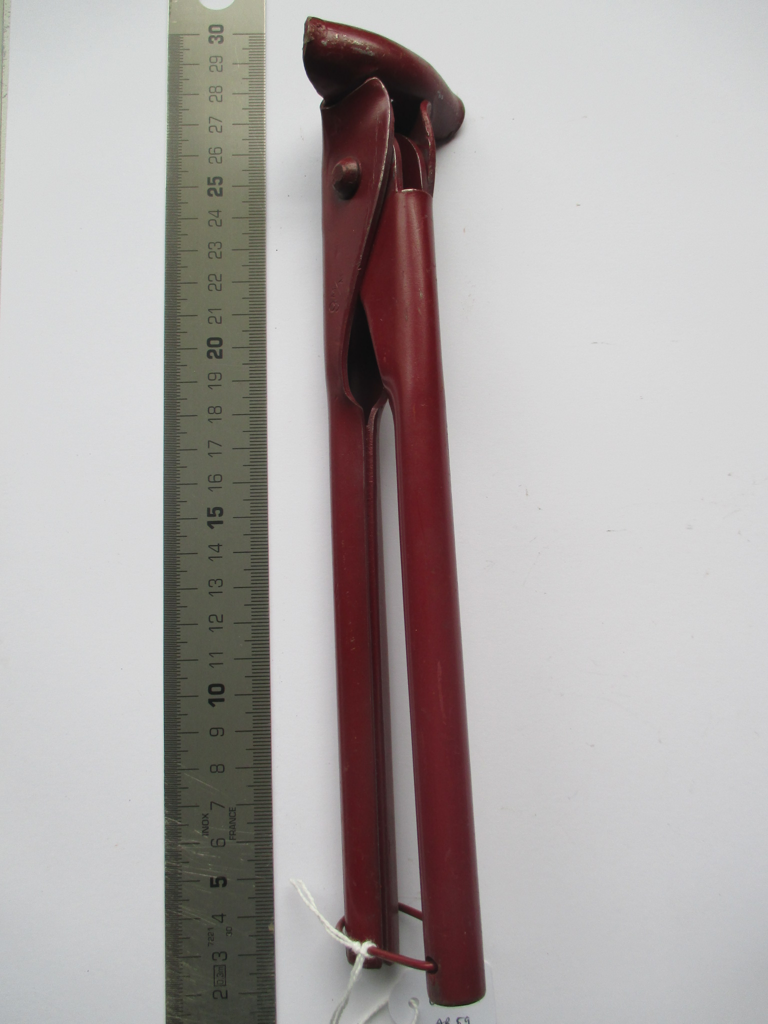 Cortatubos rojo de 9 M/M