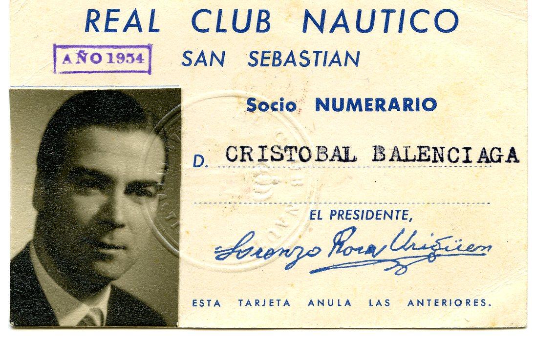 Carnet de socio del Real Club Nautico.