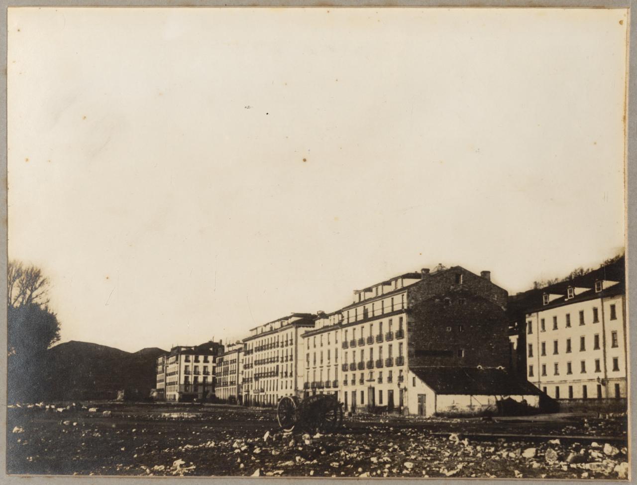 Alameda y calle Igentea; Plaza vieja y Pozo, hoy Alameda del Boulevard de Donostia-San Sebastián