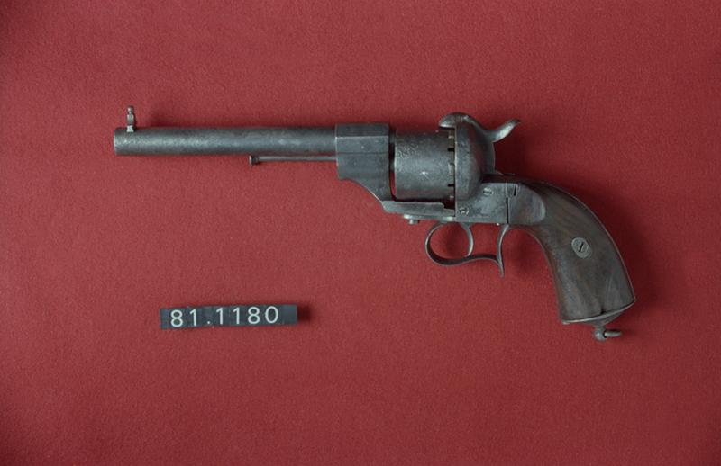 Revolver Lefaucheux para cartucho de espiga, modelo 1858