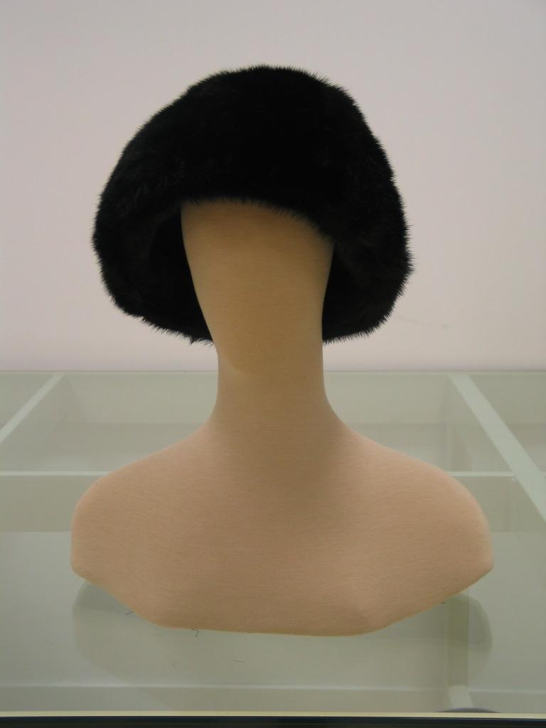 Sombrero cónico en visón