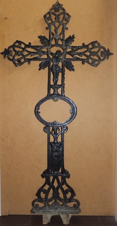 Cruz de cementerio