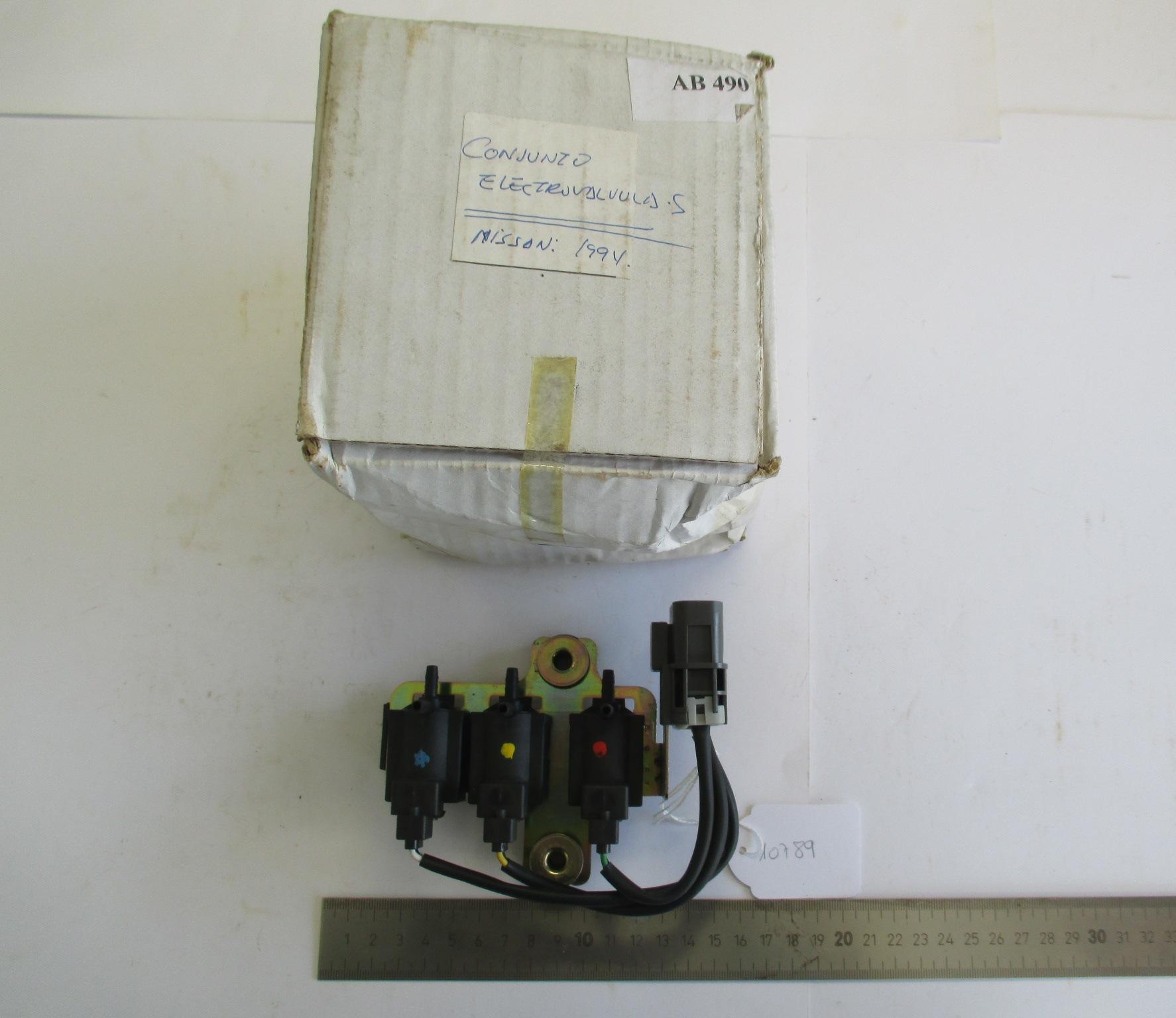 Conjunto de electroválvulas NISSAN.