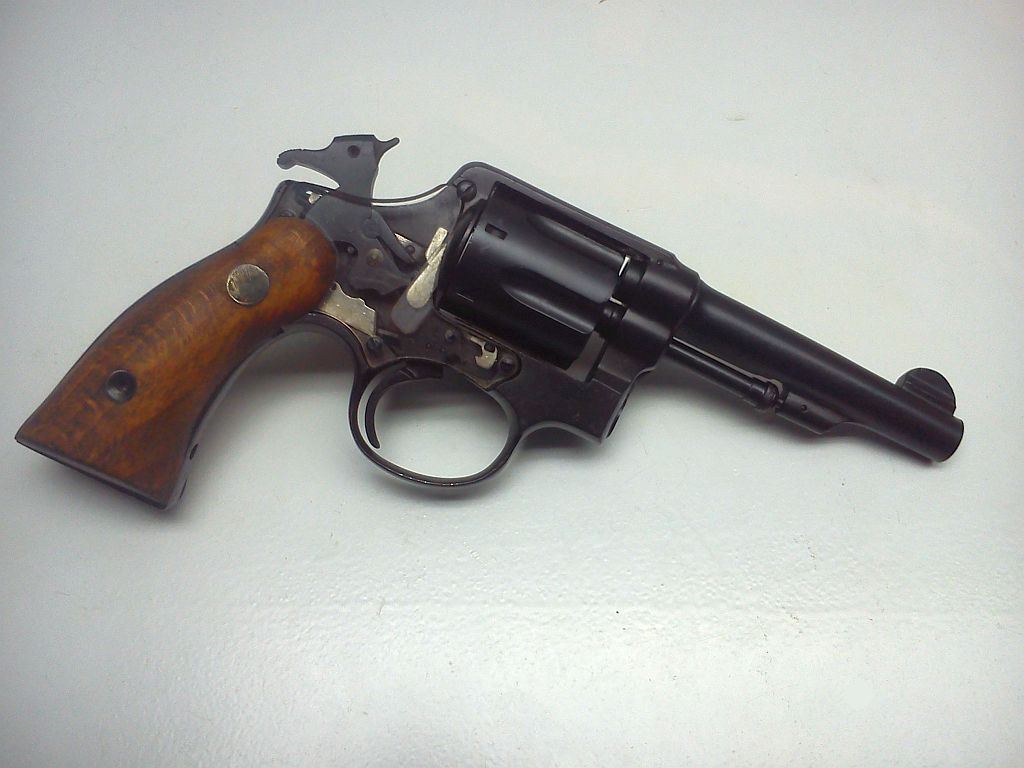 Revólver Smith & Wesson marca BH. Nº 78488