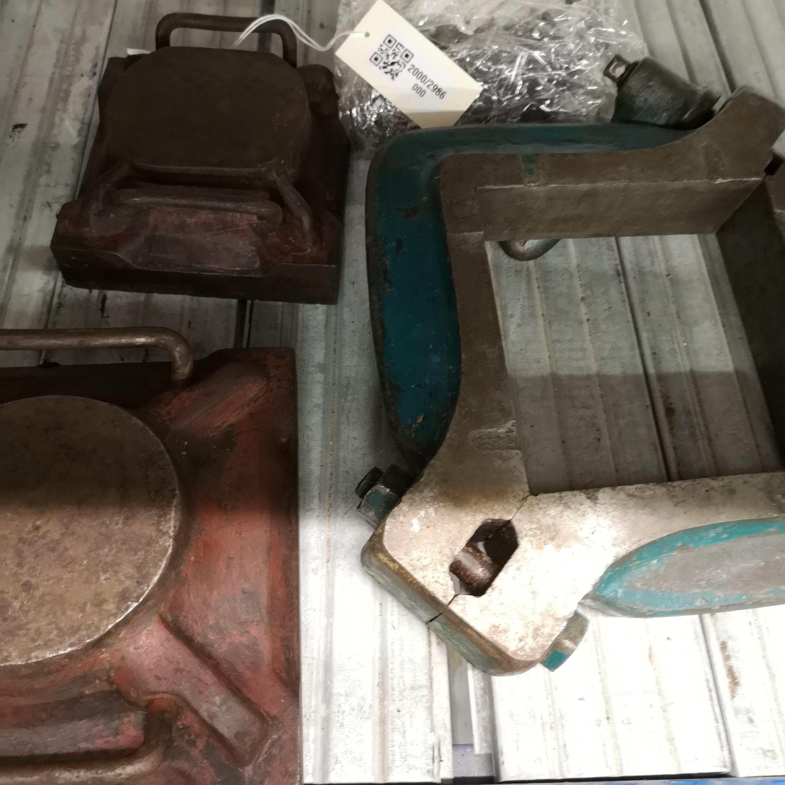 Marco (1) tapas (2) molde (1) baldosa tipo Bilbao
