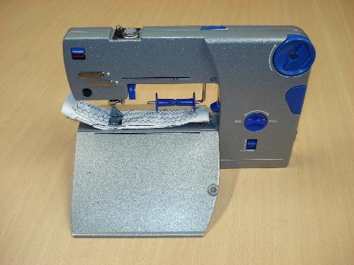 Máquina de coser eléctrica SIGMA Mod. Book