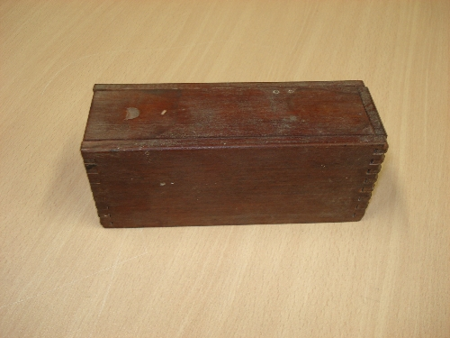 Caja de dominó JOSE ANTONIO ALUSTIZA
