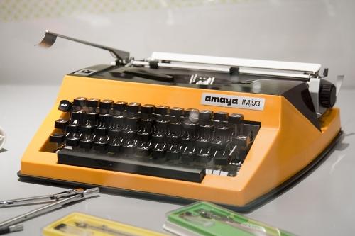 Máquina de escribir AMAYA IM/93