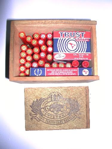 Caja con munición