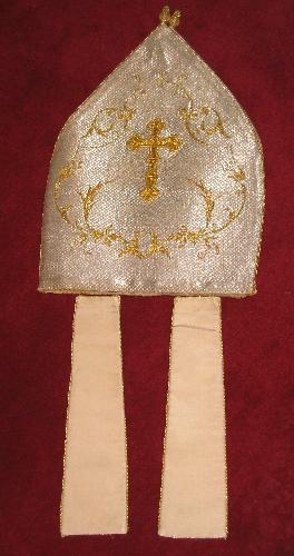 Mitra de la Catedral de Santa María