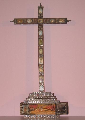 Cruz relicario de Arroiabe