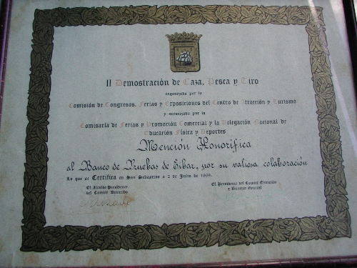 Diploma: Mención honorífica de la II demostración de caza, pesca y tiro