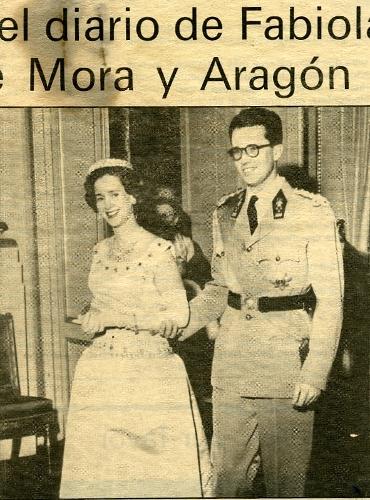 Fotografía de periódico de Fabiola y Balduino, reyes de los belgas.