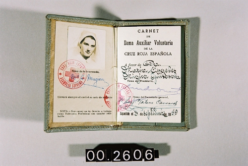 Carnet de Dama Auxiliar Voluntaria de la Cruz Roja Española