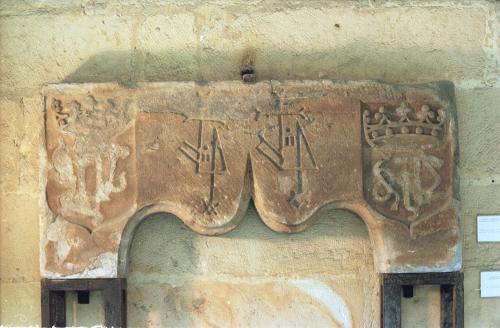 Dintel de Torre Madariaga