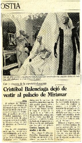 Artículo sobre la exposición-homenaje que se le hizo a Balenciaga en el palacio Miramar