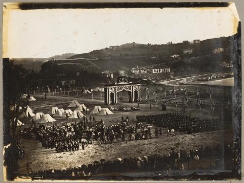 Venida de la Reina Isabel II. Campamento regimiento de Ingenieros