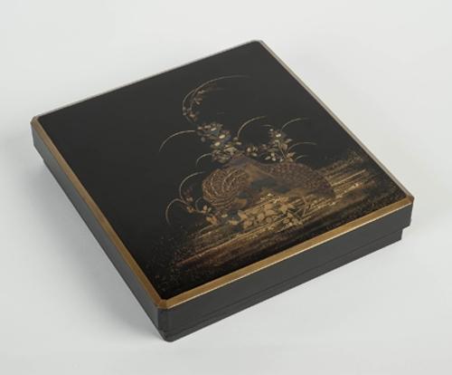 Caja para escritura con codornices