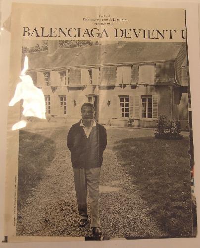 """"""" BALENCIAGA DEVIENT UN VISAGE"""""""