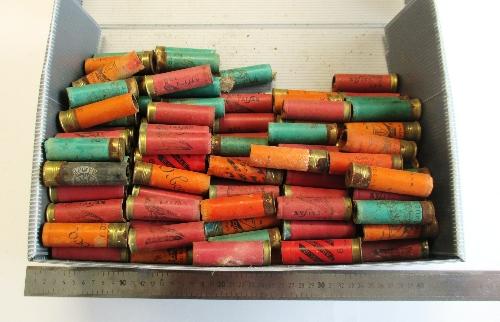 Cartuchos vacíos del calibre 12