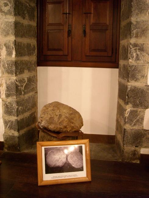 """Mineral de hierro """"agoa"""""""