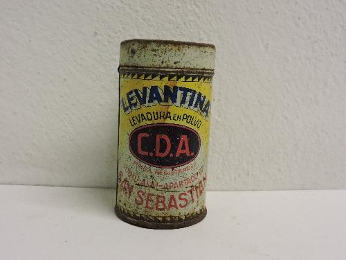 Bote de levadura de la marca LEVANTINA